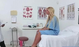 Action Scene Between Unsightly Doctor And Horny Patient (tasha reign) movie-29