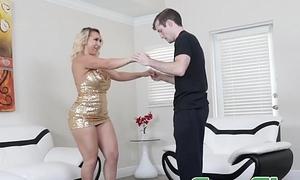 Glamorous mom Nina Kayy bouncing on stepsons lucky cock