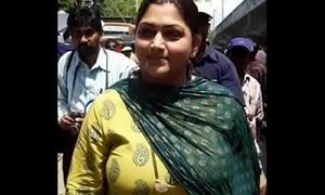 Live.. Public demand sex video. (hindi audio)