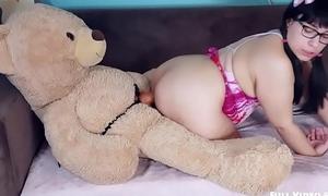 Play Age with Kiwwi - Teddy Bear Fuck!