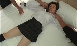 Hawt Asian schoolgirl gets her body