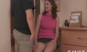 Lovely pulchritude gives wonderful orall-service overwrought way of hardcore sex