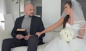 Shameless bride gets her soaking sloppy pussy hammered
